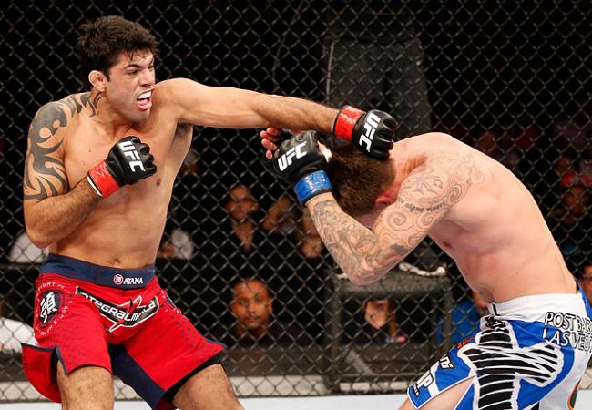 Vídeo: Aprenda um estrangulamento pelas costas com Viscardi Andrade, do UFC