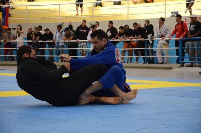 Cassio Francis da Gracie Barra venceu o absoluto no SP Open da IBJJF Foto VF