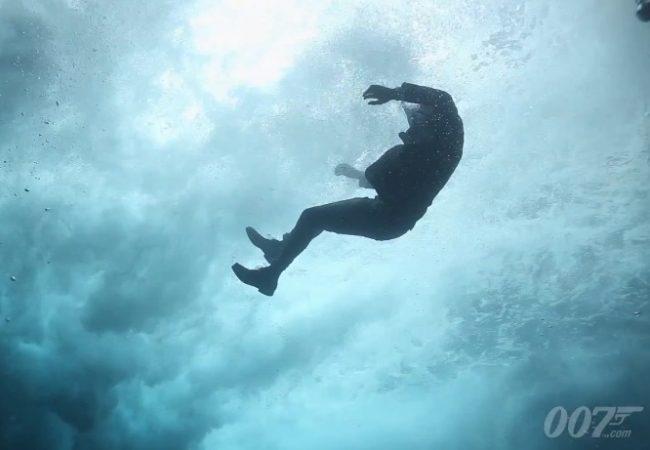 Jiu-Jitsu nos cinemas: James Bond e seu estrangulamento embaixo d'água