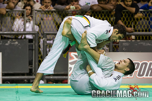 Video: watch the war between Leandro Lo and Felipe Preguiça at Rio Open