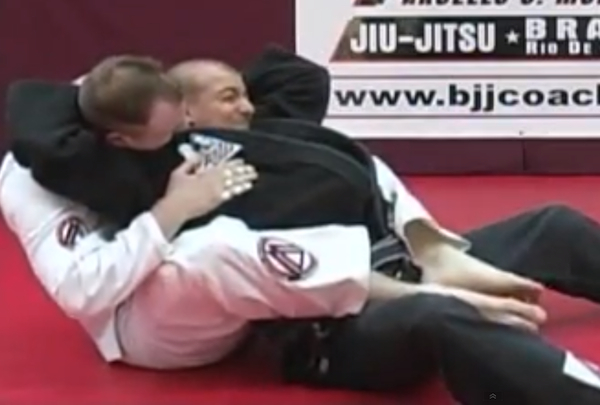 Video: Learn the 'loop choke,' the submission used by Renan Borges to win the Boston Summer Open