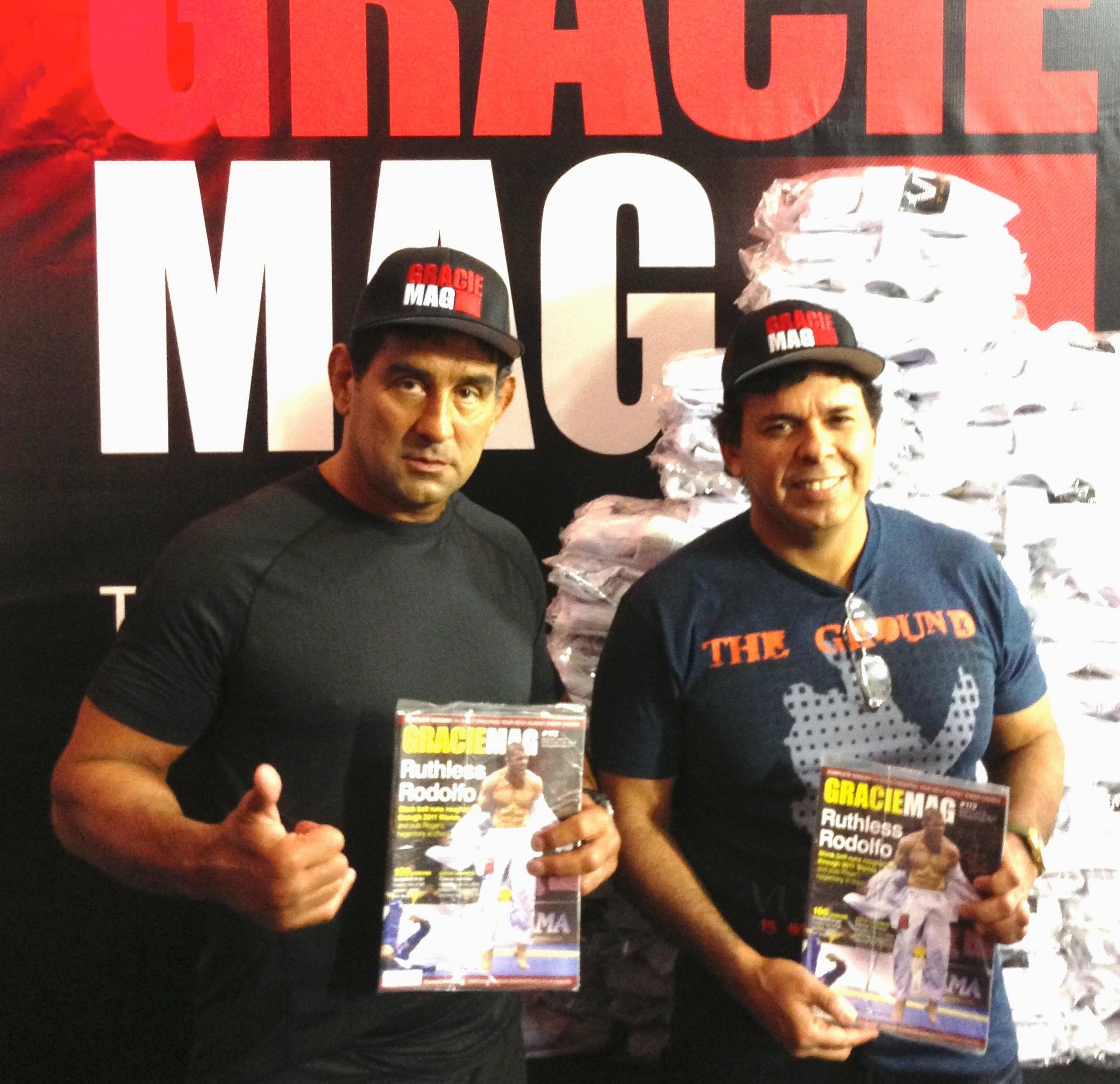 Marco Ruas e Joe Moreira nos bastidores do último Mundial de Jiu-Jitsu. A lenda do UFC é fã de Rodolfo, Roberto Cyborg e outras feras do Jiu-Jitsu. Foto: Divulgação