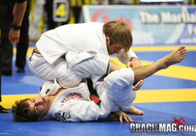 Dois conceitos básicos para você não perder a omoplata no Jiu-Jitsu