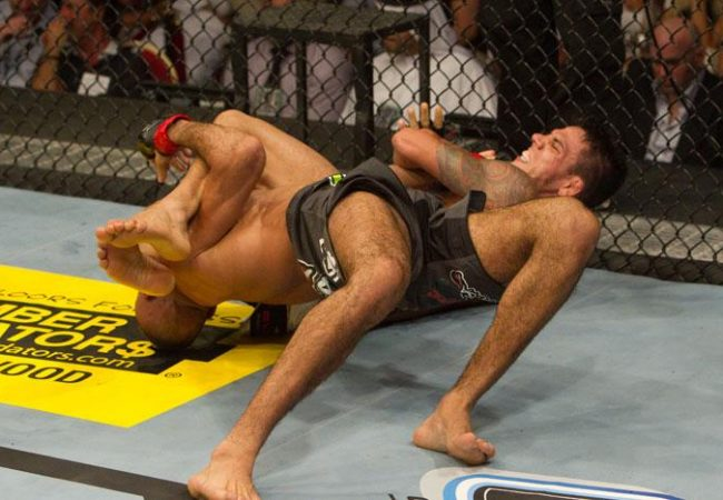 O Jiu-Jitsu que funciona no UFC: o armlock de Rafa dos Anjos contra Etim