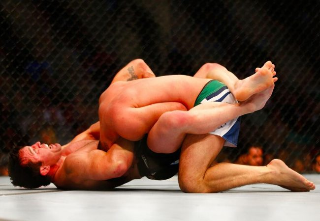 Chael Sonnen shocks Shogun Rua, finishes Brazilian in the first round