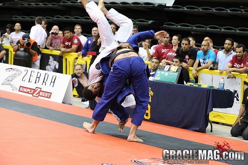 A guerra entre Flávio Cachorrinho e Vitor Oliveira no Chicago Open de Jiu-Jitsu