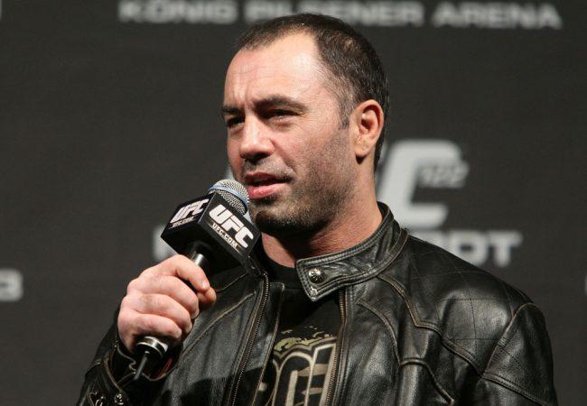 Vídeo: um atalho para as costas no Jiu-Jitsu por Joe Rogan, apresentador do UFC