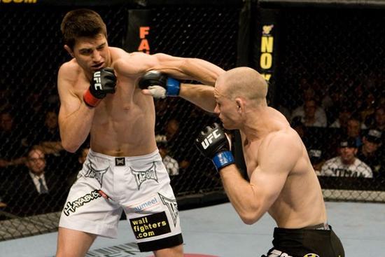 Vídeo: relembre a 1ª luta entre Carlos Condit e Kampmann no UFC