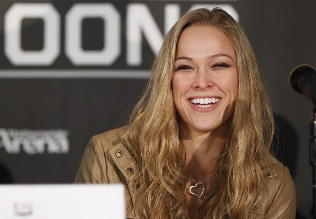 Watch the backstage video of Ronda Rousey's SI swimsuit edition photo shoot