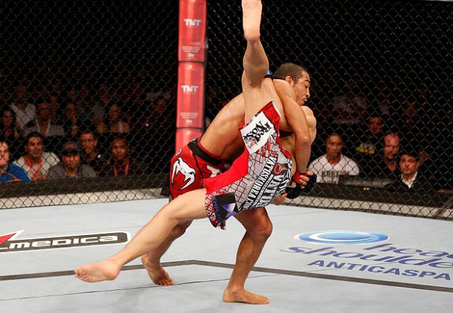 UFC Rio 4: Resultado do exame indica fissura no pé de José Aldo