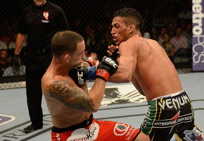 Charles do Bronx explica por que troca de oponente no UFC 166 não incomoda