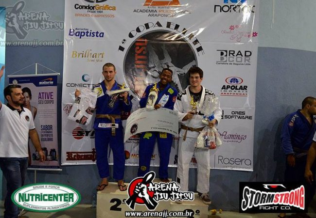 Christian Broadnax in Brazil; Watch him win Floripa Open with flying triangle