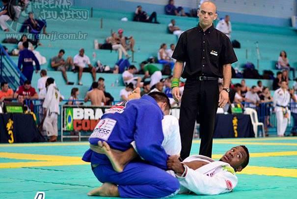 O triângulo voador que valeu ouro no Floripa Open de Jiu-Jitsu