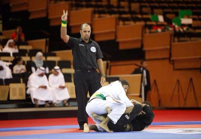 A batalha de Jiu-Jitsu entre Fernando Vieira e João Miyao, em Manaus