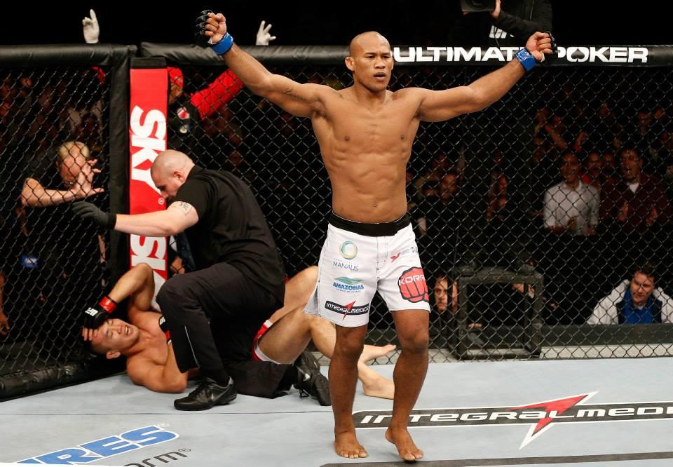 Jacaréafter defeating judoka Yushin Okami at UFC Belo Horizonte. Photo: Josh Hedges / Zuffa via Getty Images