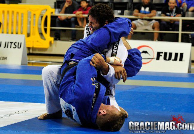 Um movimento para você atacar e defender o armlock no Jiu-Jitsu