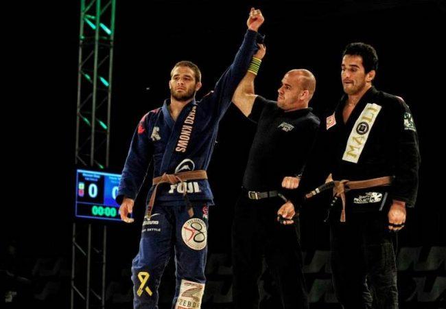 """Travis Stevens e a alegria de lutar Jiu-Jitsu: """"Quase peguei as costas do Miyao"""""""