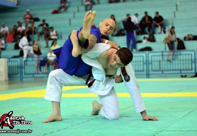 No Floripa Open de Jiu-Jitsu, campeão vence com ezequiel eficiente