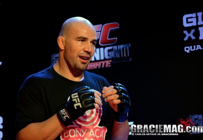Confiante no nocaute, Glover Teixeira treina Jiu-Jitsu para o UFC BH