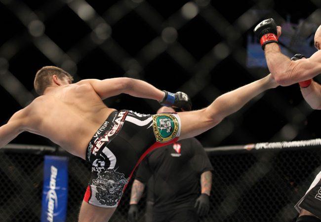 Vídeo: a guarda baixa que gerou um nocaute da noite no UFC
