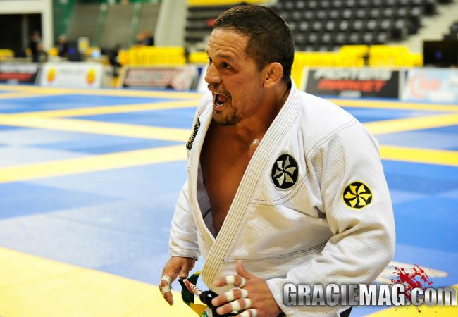 Watch Saulo Ribeiro's lightning fast choke at Worlds Masters & Seniors