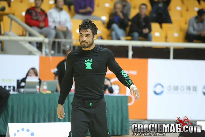 Kron won the -77kg division