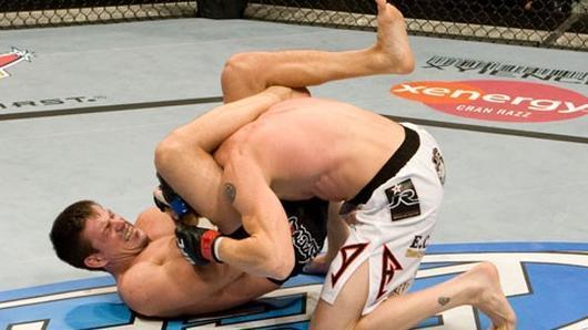 Vídeo: o dia que Demian Maia apertou Sonnen num lindo triângulo no UFC