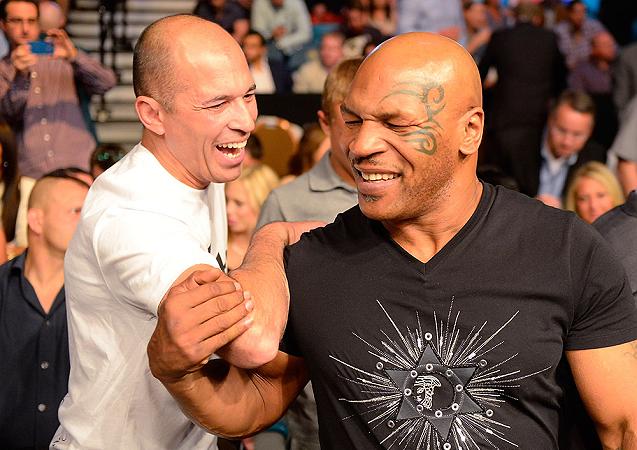 Desafiado nos anos 1990, Mike Tyson admite que não teria vencido Royce Gracie