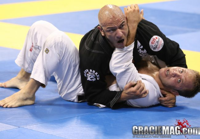 Worlds Masters & Seniors: blue and purple belts put on a black belt show on day 1