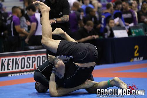 O triângulo voador que levantou a galera no Jiu-Jitsu em Israel