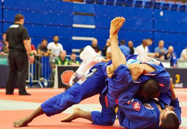 London Open de Jiu-Jitsu: Max bate Finfou e conquista absoluto