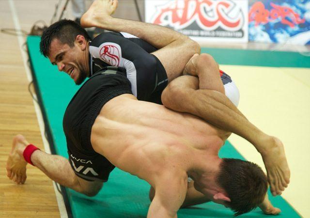 Cobrinha vibra com vitória sobre Rafa Mendes e propõe luta sem tempo até pegar
