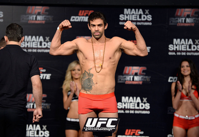 UFC fighter Yan Cabral robbed at gunpoint in Brazil