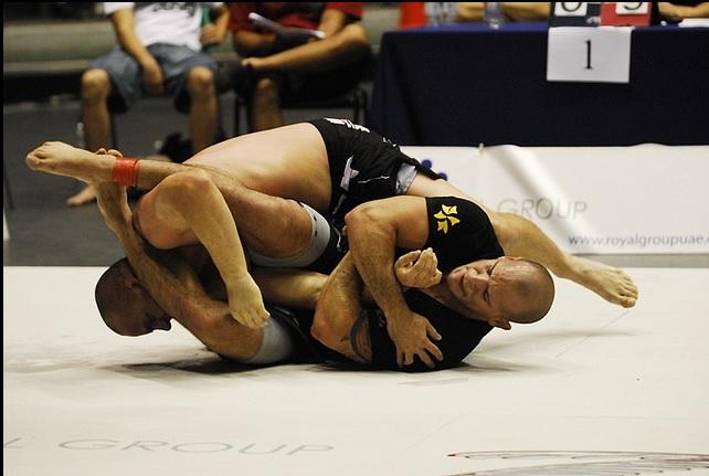 Fora do ADCC China, Xande Ribeiro adia retorno ao Jiu-Jitsu para 2014