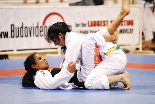 Treine para ficar com as posições de Jiu-Jitsu no modo automático, com Hannette Staack