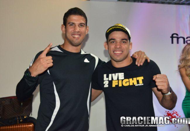 """Léo Santos encara ex-atleta do """"TUF"""" no UFC em Natal"""