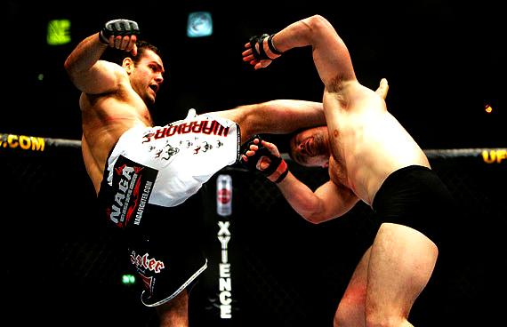Vídeo: relembre 20 nocautes marcantes dos 20 anos do UFC