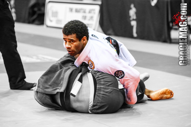 2013 BJJ Pro League Warriors: Vitor Oliveira, the hardworking black belt