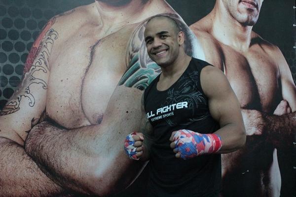 Rafael Feijão comenta seu próximo desafio após nocaute no UFC: a fisioterapia