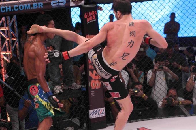 Bilharinho e Pantoja lutam por cinturão interino do Jungle. Foto: Divulgação