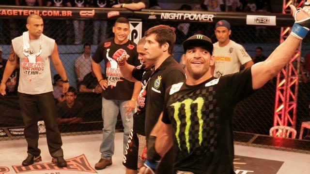 Leo Leite vence no WOCS Foto Bernardo Mantuano e já se permite sonhar com UFC