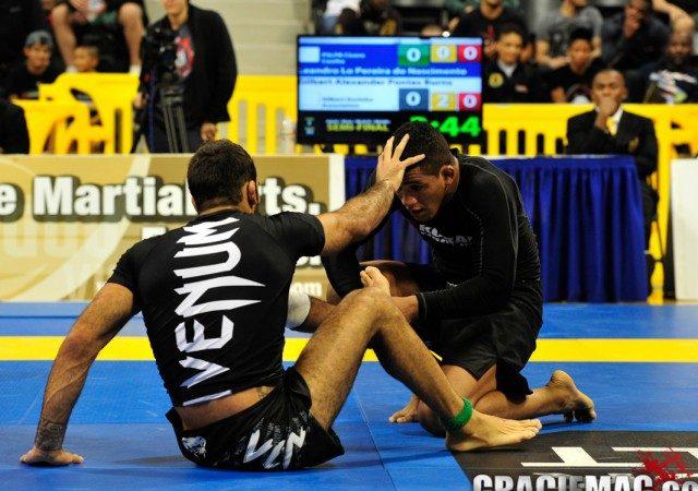 Vídeo: a batalha de Durinho e Leandro Lo no Mundial de Jiu-Jitsu Sem Kimono