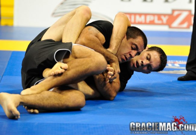 Ex-UFC, Cachorrão puxa fila de veteranos de ouro no Mundial de Jiu-Jitsu Sem Kimono
