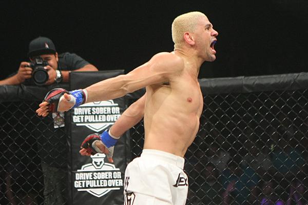 Jiu-Jitsu que funciona no MMA: a montada de Marcos Loro no Bellator