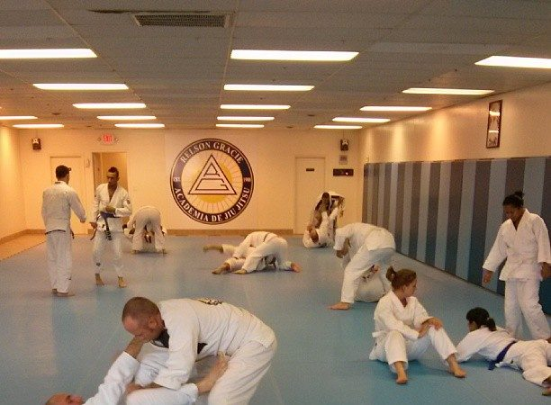 "GMA Relson Gracie Academy Columbus student: ""I just used my Jiu-Jitsu to stop a shoplifter"""