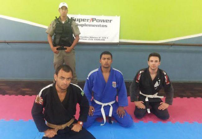 Jiu-Jitsu: o principal reforço da tropa da Brigada Militar no Rio Grande do Sul. Foto: Divulgação
