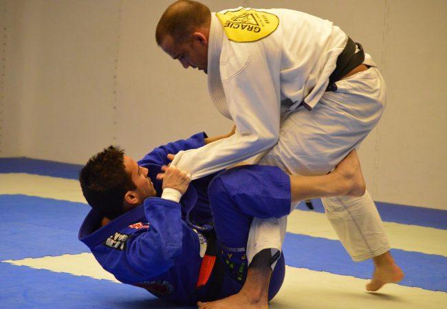 Confere Oficial de Jiu-Jitsu terá transmissão ao vivo e comentários de Roger Gracie