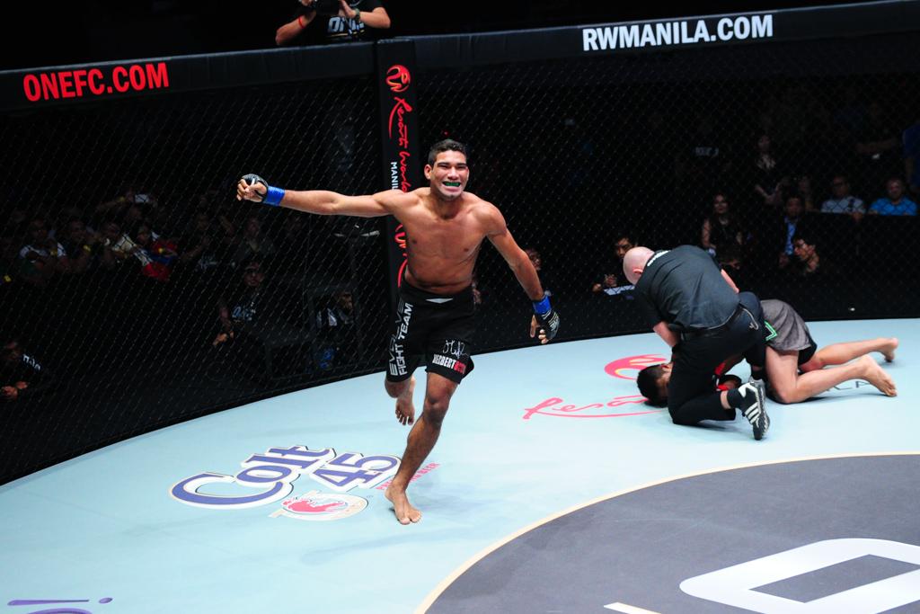 Herbert vence mais uma no MMA usando o Jiu-Jitsu. Foto: One FC/ Divulgação