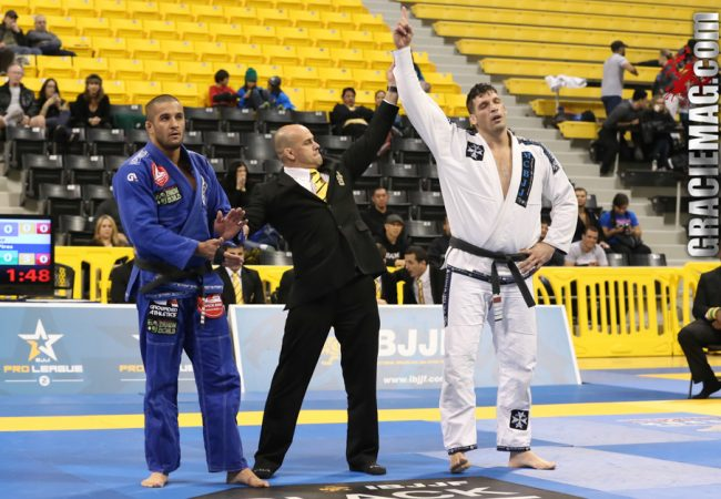 Marcio Cruz vs. Gustavo Pires