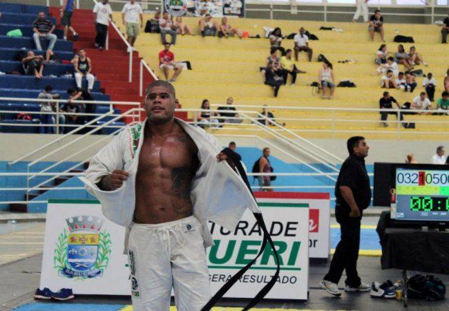 A guerra entre Kitner e Roger no Ryan Gracie Challenge de Jiu-Jitsu 2013